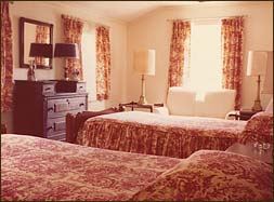 Room 4, Circa 1979 Rachael re-decorated all the upstairs bedrooms, using a decorator's favorite – toile – in Room 4 (right) and Room 1 (below)
